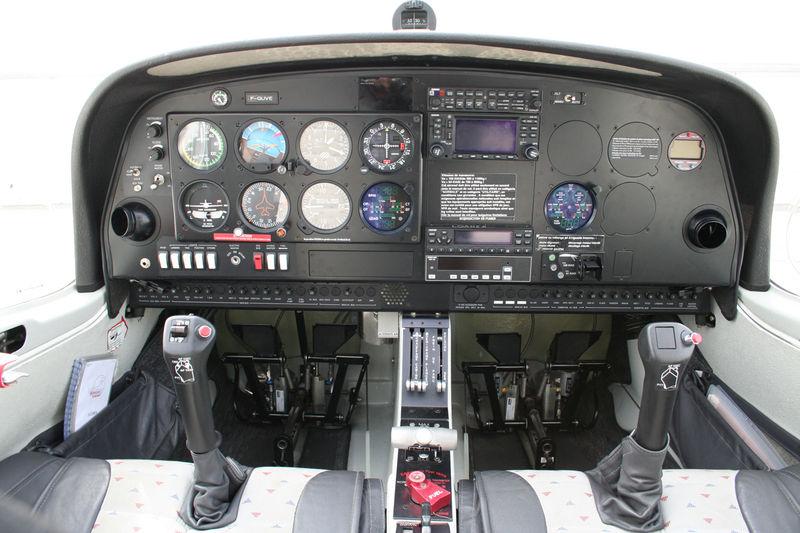 DA40-full-view1