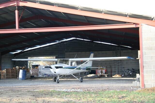 Hangar2